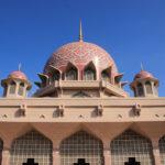 クアラルンプール近郊【マレーシアのピンクモスク】 正式名称プトラモスク