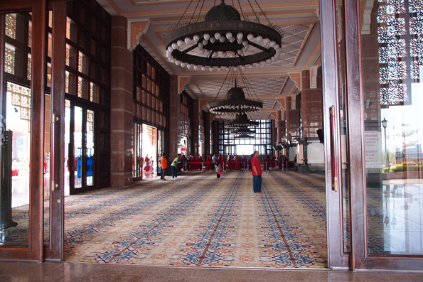 マレーシアのプトラ・モスク(ピンクモスク)/Masjid Putra(Putra Mosque)
