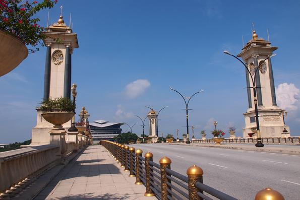 スリ・グミラン橋(Jambatan Seri Gemilang/Seri Gemilang Bridge)
