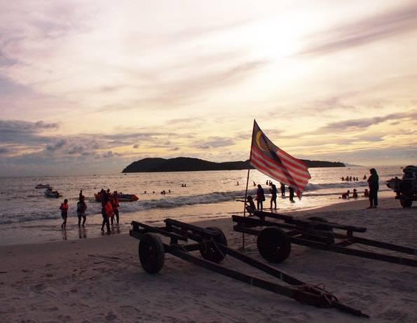 ビーチリゾート観光「ランカウイ島」雨季でイマイチだっけどナマコ石鹸は良き☆