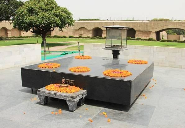 インド・デリー観光2【入場無料】ラージガート(ガンジーのお墓)/国立ガンディー博物館