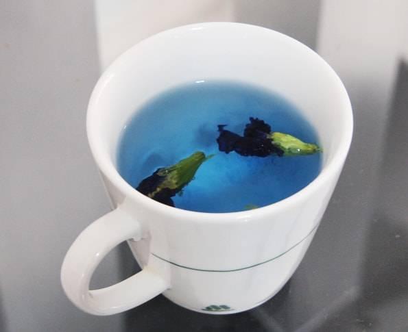 青いお茶 ・バタフライピーティー(Butterfly Pea Flower Tea)