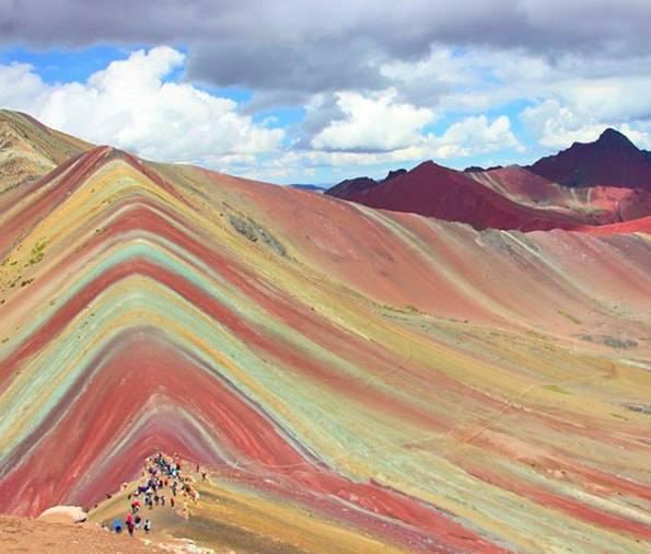 ペルーのレインボーマウンテン
