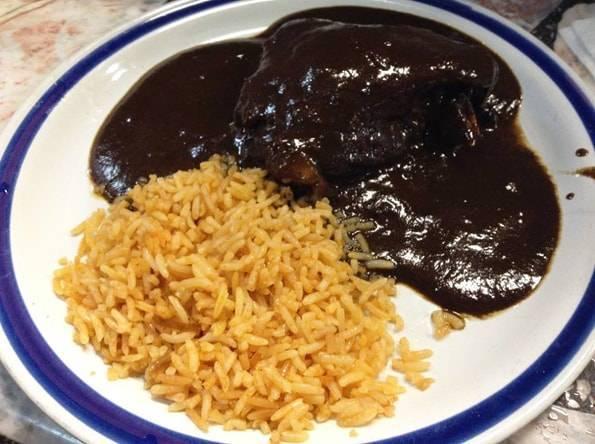 メキシコ料理モーレ