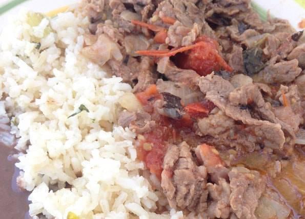 メキシコで食べた牛の煮込み料理