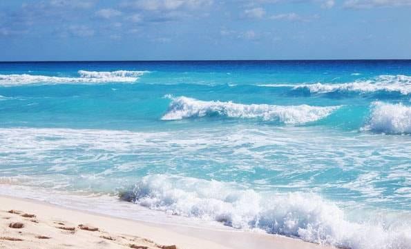 メキシコ・カンクン・プラヤデルフィネス (Playa Delfines)
